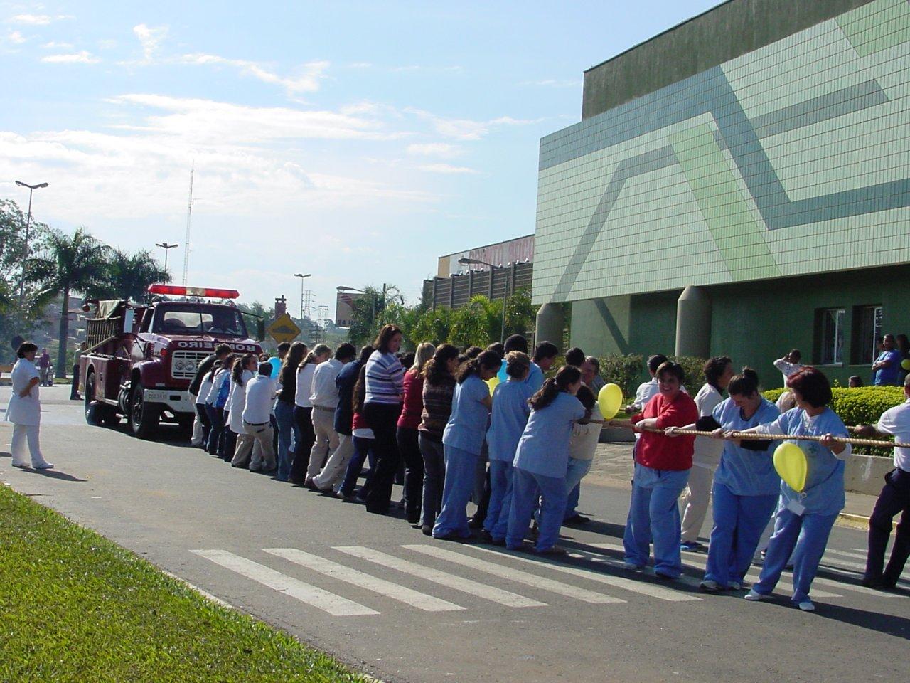 Atividade ocorreu em frente ao hospital Walter Ferrari
