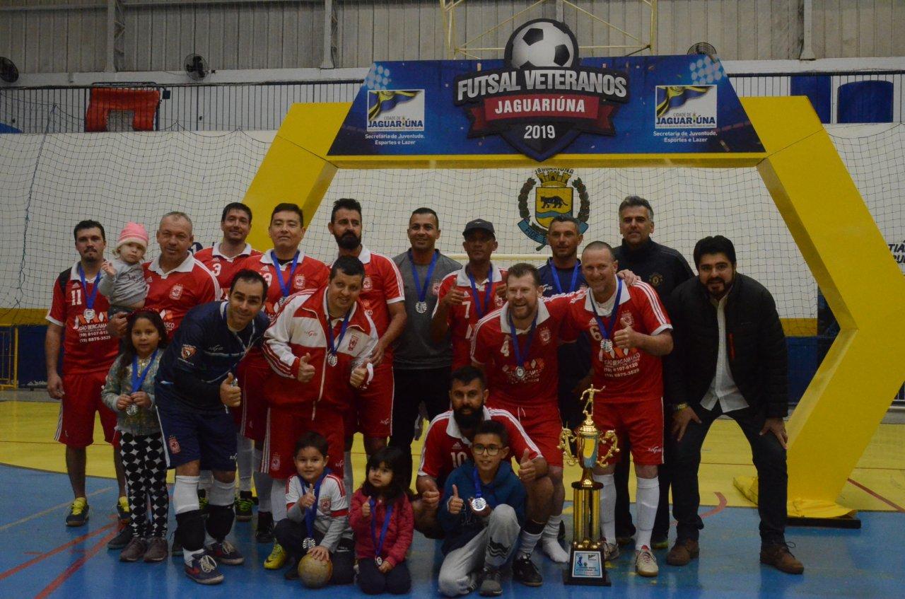 Máfia ficou com o vice-campeonato municipal de Futsal Veterano