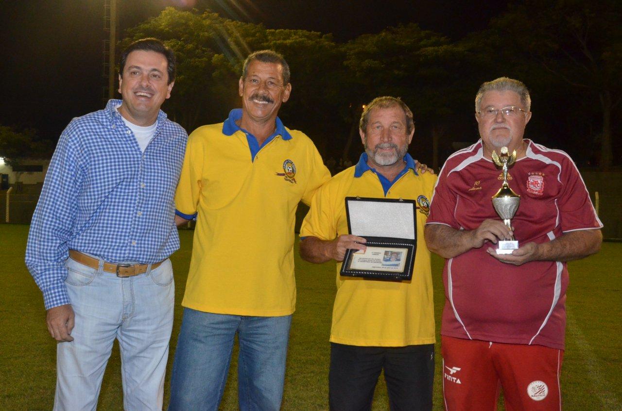 Vereador Fred e Gordura durante evento esportivo que prestou homenagens para Lebrão e Amauri