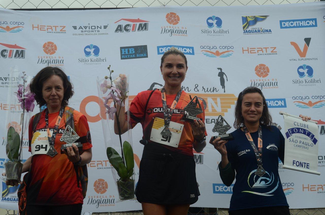 As três atletas primeiras colocadas nos 200m