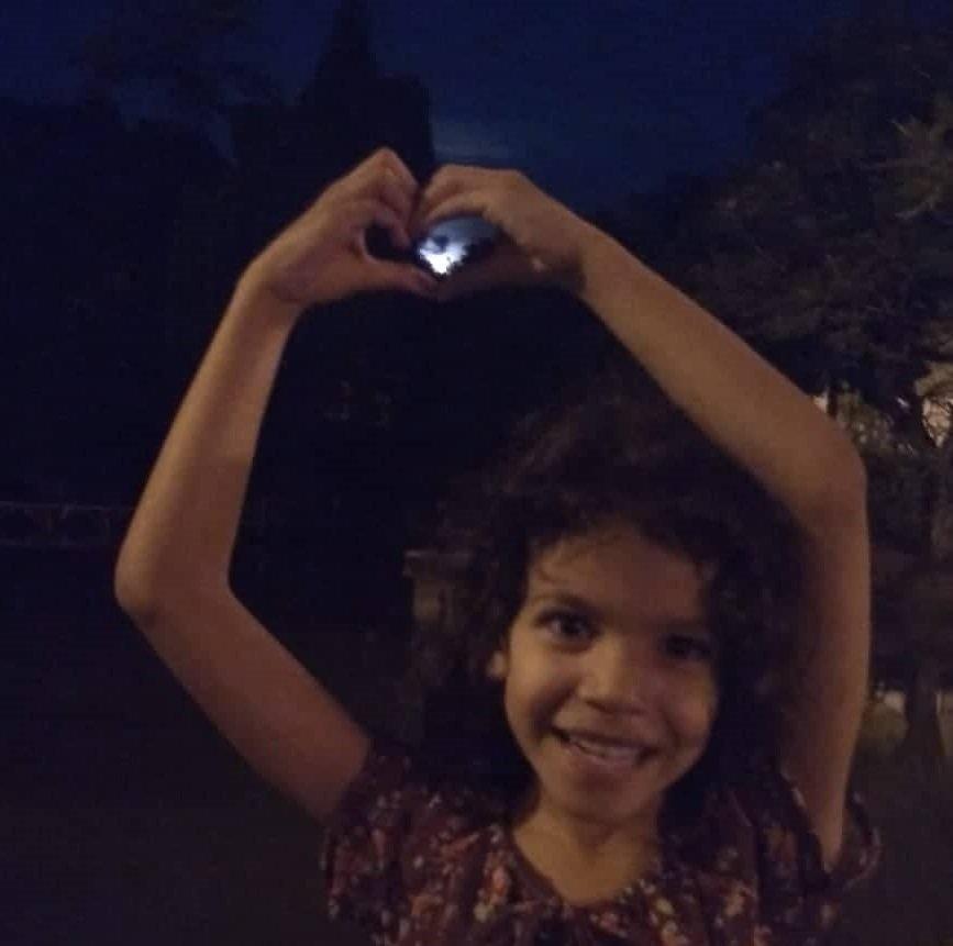 Foto mostra Giovana e sua paixão pelo céu de Jaguariúna