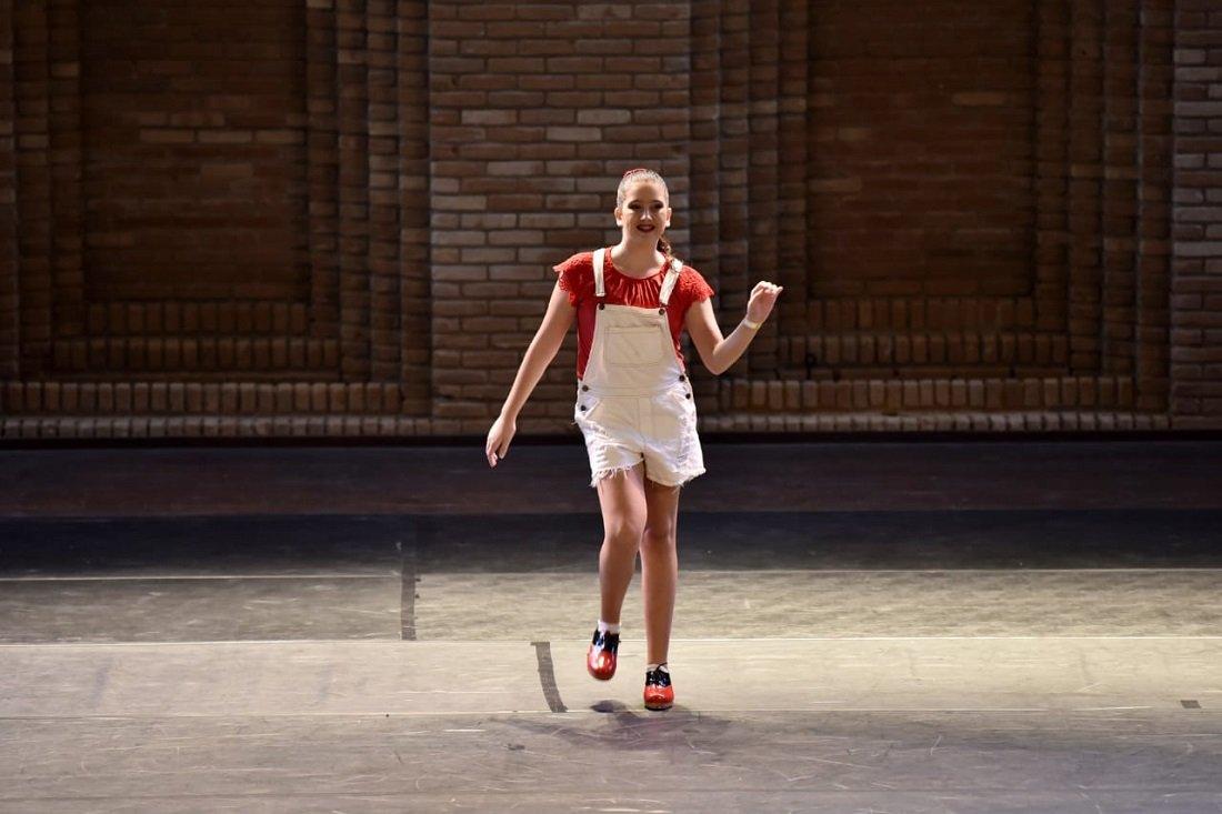 No Solo Sapateado Juvenil, destaque para Nicole Furtado, com a conquista da 3ª posição