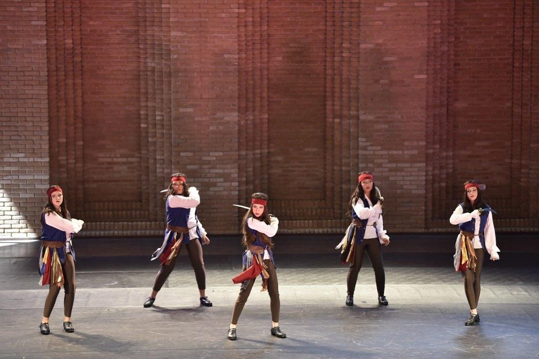 Grupo de Danças Populares com Piratas também encerrou a participação em 3º lugar