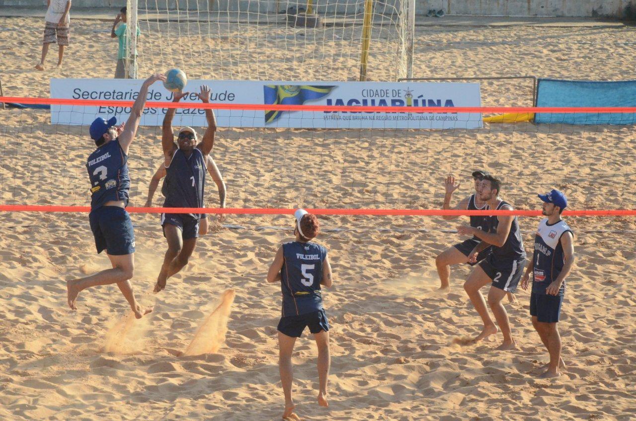 Vôlei de Praia é mais uma opção de prática esportiva