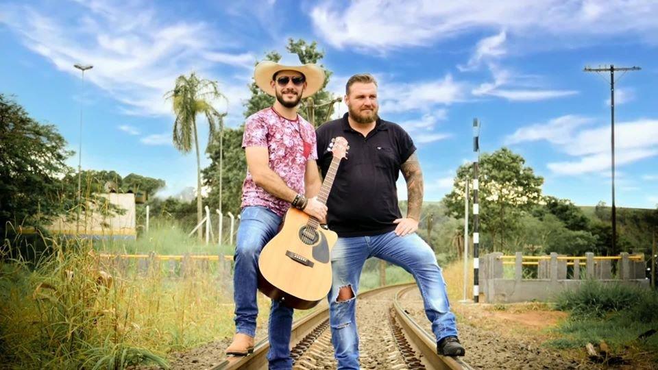 Dupla Rick e Rodrigo promete agitar sábado com live Nossa Trajetória (Foto Priscila Moretti)
