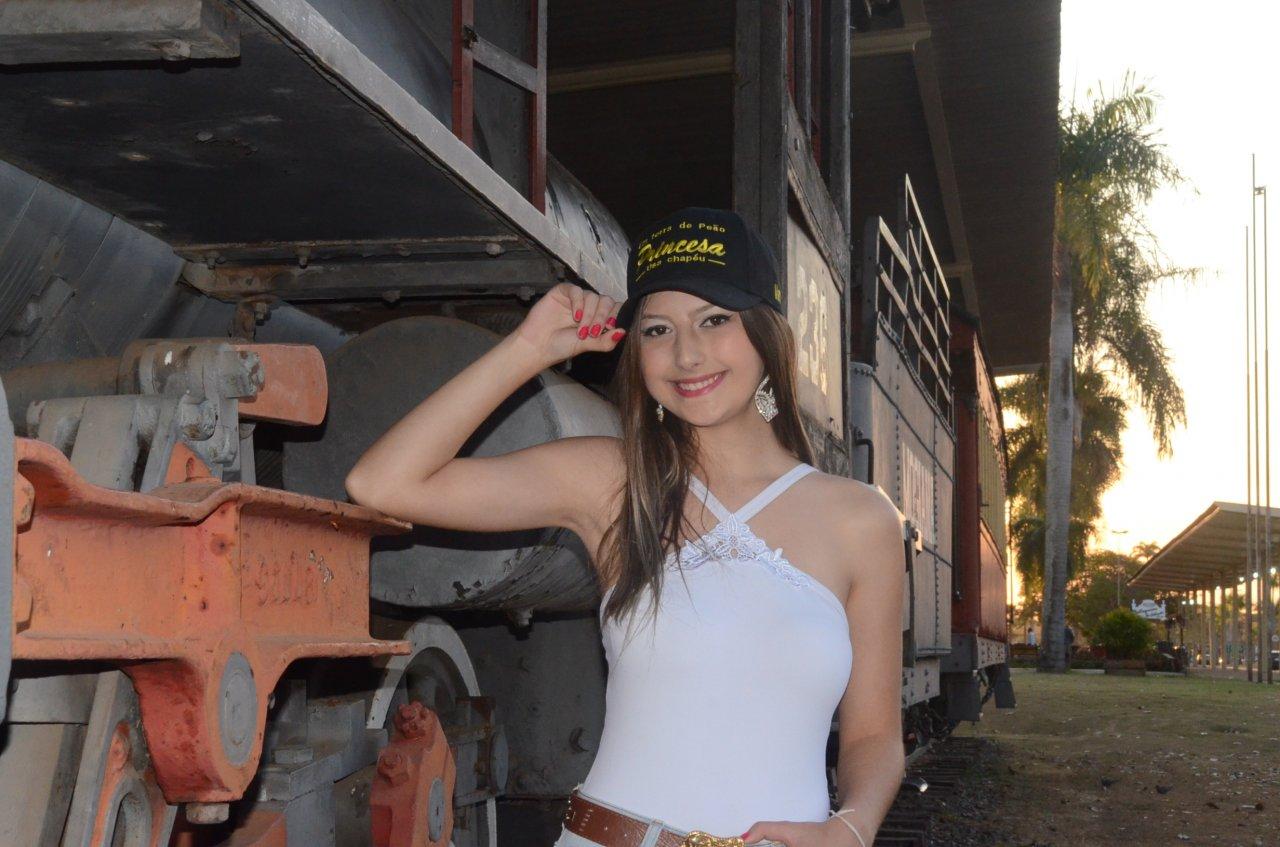 Maria Eduarda realiza um antigo sonho de participar do concurso