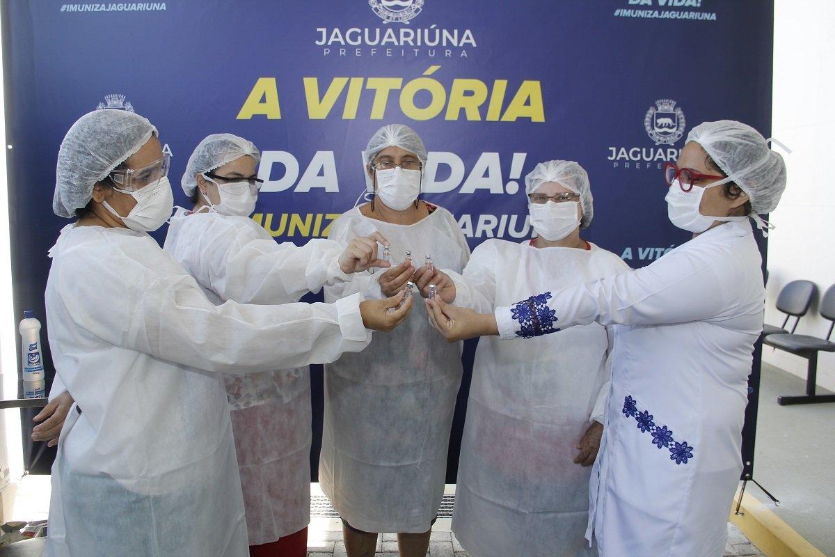 Campanha segue imunizando profissionais da saúde de Jaguariúna