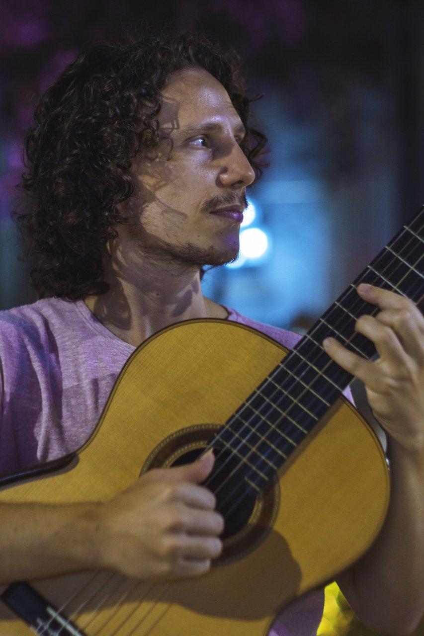 Lives serão transmistidas pelo Facebook do músico