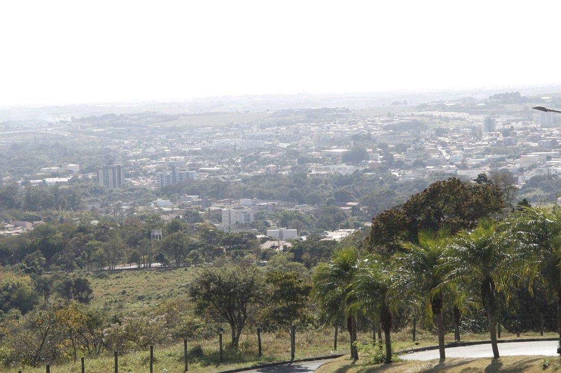 Cidade registra 20,3% de umidade relativa do ar (Foto Ivair Oliveira)