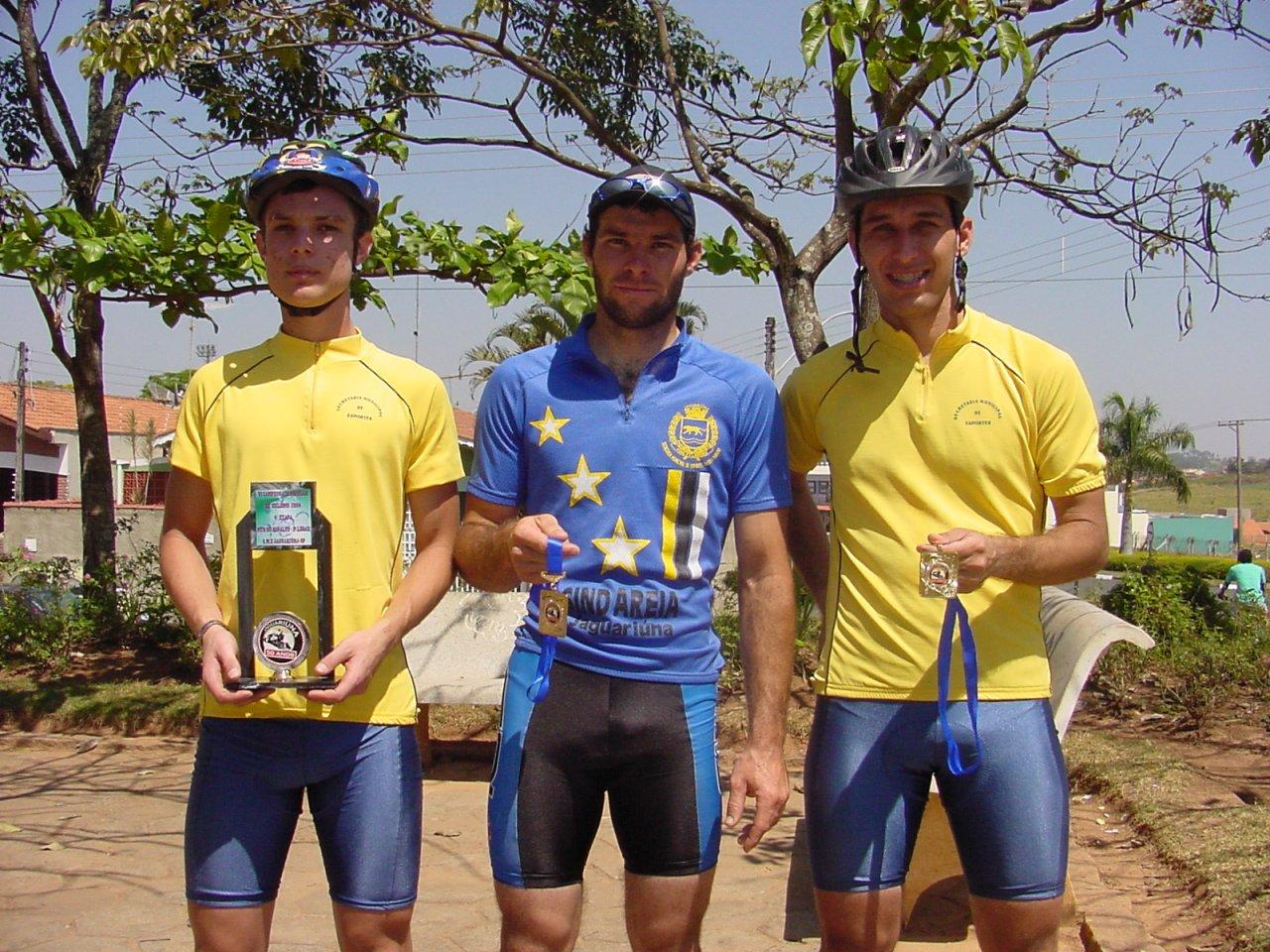 Manoel foi 2º colocado; Beto chegou em 4º e Cleber foi 6º colocado na prova