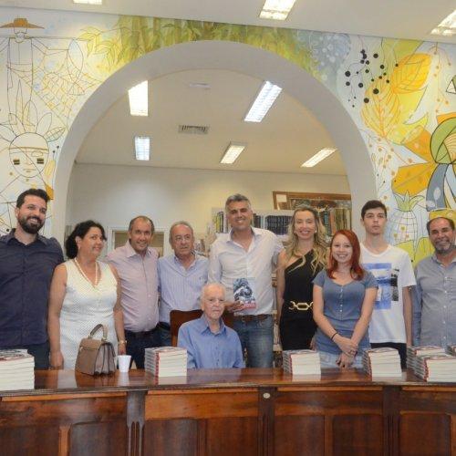 Livro Manoel Seixas