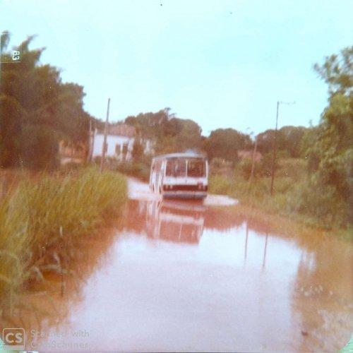 Ônibus enfrentava enchentes pelas estradas (Foto acervo pessoal)