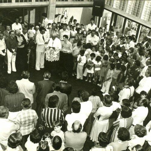 Agência ficou completamente lotada para a inauguração do prédio próprio da Caixa Estadual (Acervo pessoal)